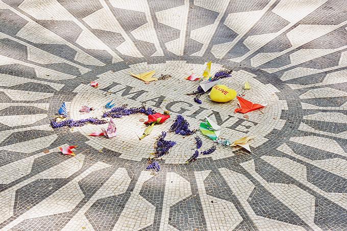 John Lennon Memorial, Strawberry Fields, Central Park