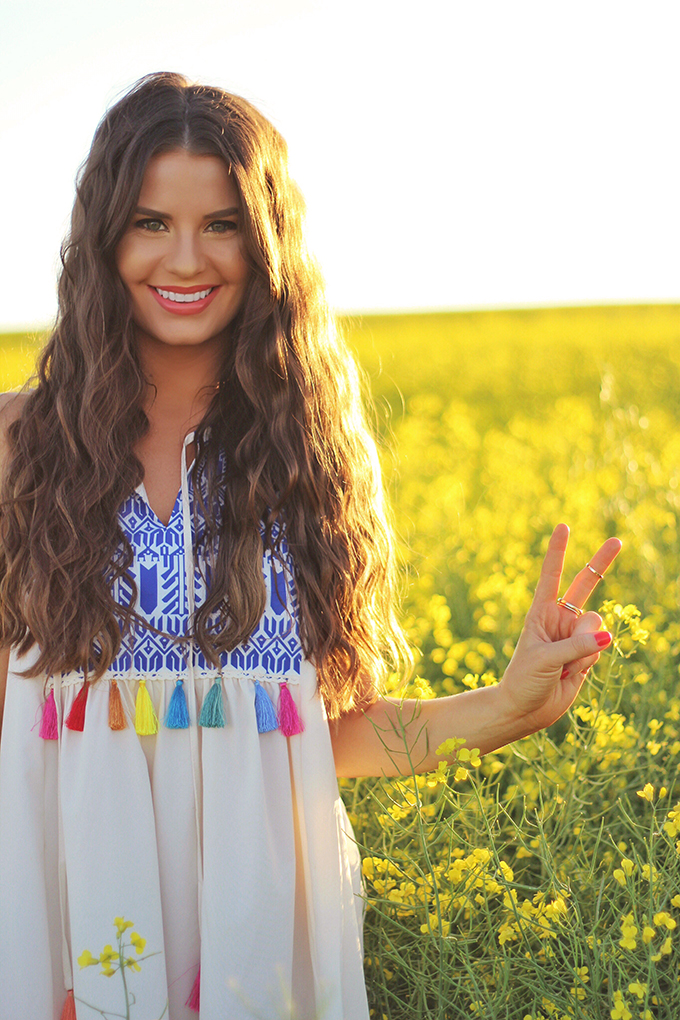 Here Comes the Sun | Carefree Summer Style in a Canola Field | Peace Sign | Calgary Fashion Blogger // JustineCelina.com