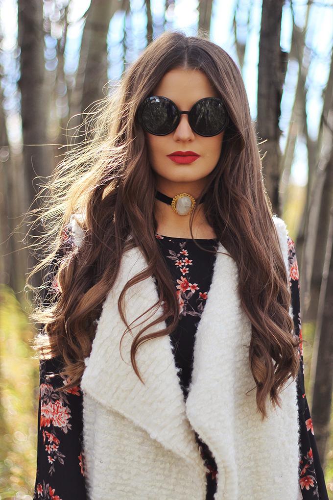 Autumn 2016 Trend Guide | New Romantic | Velvet Chokers | Kat Von D Everlasting Liquid Lipstick in Nahz Fur Atoo // JustineCelina.com
