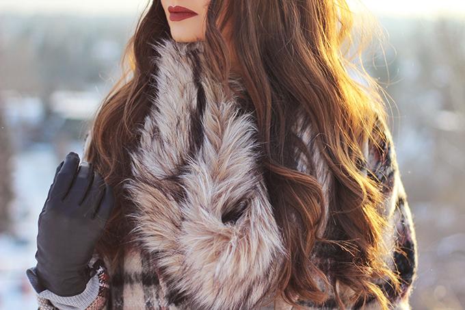 Winter Style Staples   Kat Von D Everlasting Liquid Lipstick in Plath Photos, Swatches // JustineCelina.com