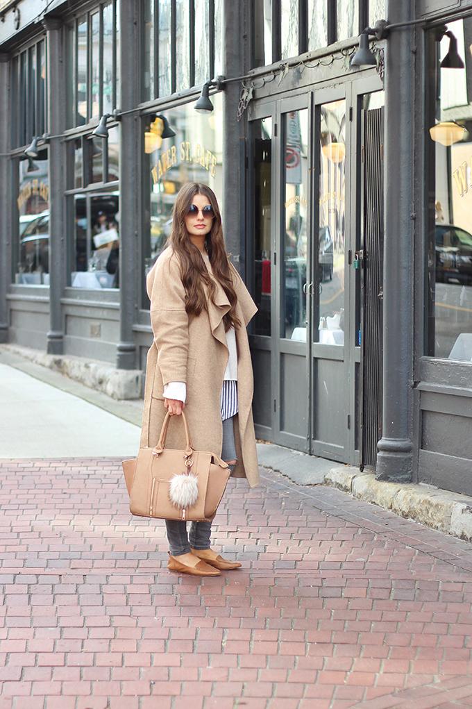Effortless Travel Style // JustineCelina.com