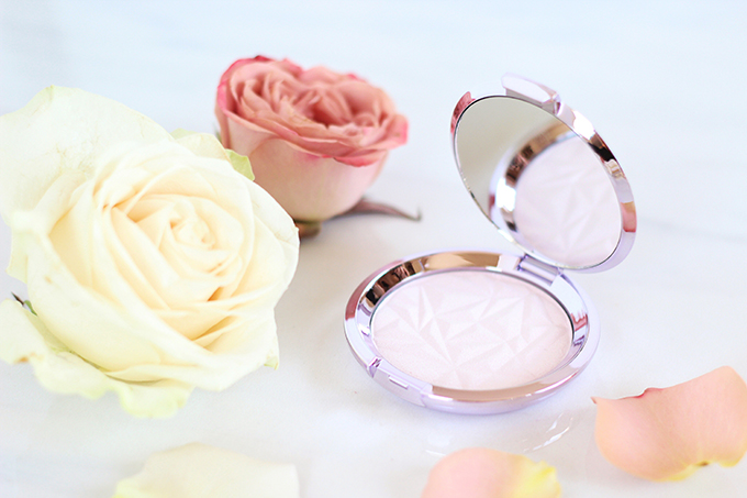 Spring 2017 Beauty Trend Guide   BECCA Shimmering Skin Perfector® Pressed- Prismatic Amethyst Photos, Review // JustineCelina.com