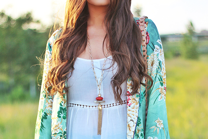 Summer 2017 Trend Guide   Kimono Love   Tassels // JustineCelina.com