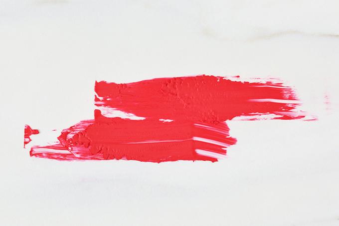 5 Red Lipsticks to Try this AW17 + Pantone Grenadine Fall 2017 Inspired Lipsticks // JustineCelina.com