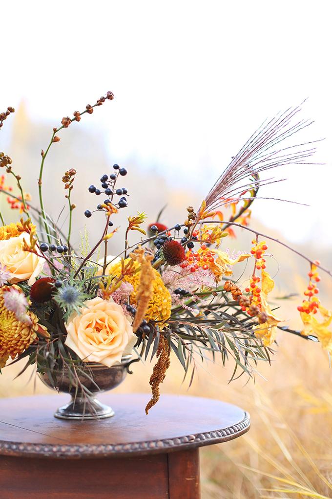 The Most Beautiful Autumn Arrangement, Ever | Autumn 2017 Flower Ideas | Modern Autumn Wedding Bouquet Ideas | Modern Autumn Wedding Flower Ideas | Pantone Fall 2017 Colour Trends Flowers // JustineCelina.com x Rebecca Dawn Design