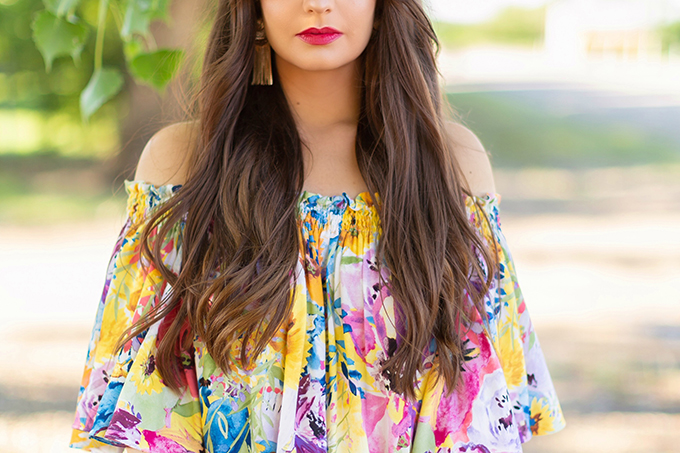 Summer 2018 Trend Guide   Flower Power   Summer 2018 Trends   How to Style Flowy Floral Dresses for Summer   Clarins Water Lip Stain in Rose Water + Red Water // JustineCelina.com