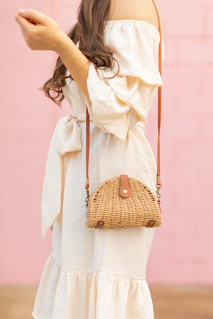 The Accessory Edit | Natural Material Bags | SHEIN Semicircular Straw Crossbody Bag | How to Style StrawBags | The Best Straw Bags 2018 // JustineCelina.com