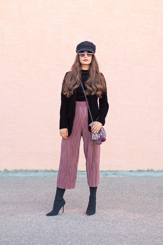 Autumn 2018 Lookbook | How to Style Culottes | Cool, Casual Holiday Party Outfits 2018 | Dynamite Karlie Crinkle Pants // JustineCelina.com