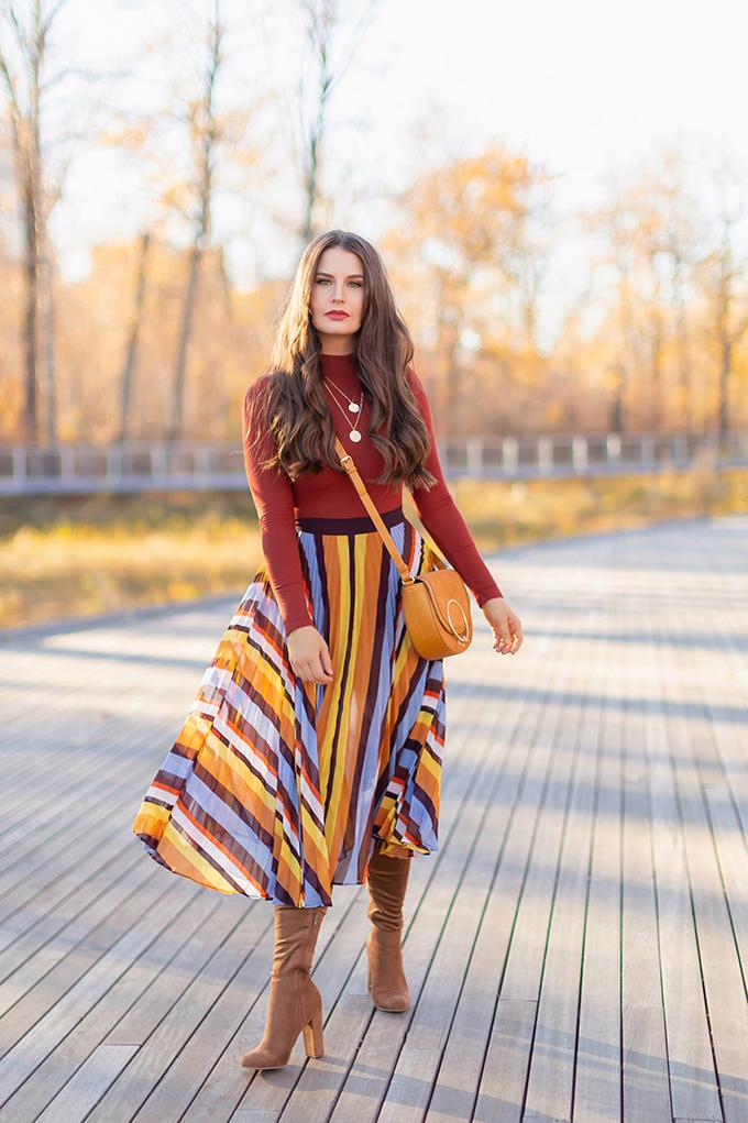 Autumn 2018 Lookbook | 70's Inspired Stripes, Rust Orange Mockneck Top and Brown Suede OTK Boots | Autumn 2018 Trends | JustineCelina.com