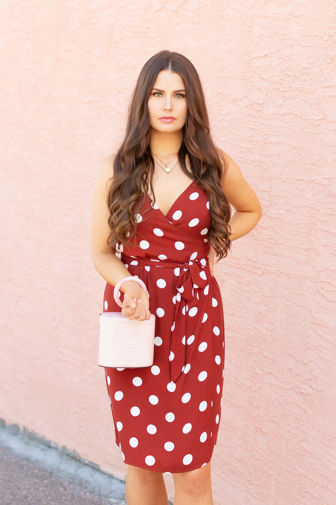 LATE SUMMER 2019 LOOKBOOK   Spot On: How to Style Polka Dots for the Office   How to Style Polka Dots into Fall   The Best Dresses for Work   Summer/Fall 2019 Professional Outfit Ideas   Brunette woman wearing a brown polka dot wrap dress, TopShop Oatmeal linen blazer, pink croc-embossed bracelet bag, and white, square toed scrappy sandals   Top Summer to Fall 2019 Transitional Trends   Calgary Fashion Blogger // JustineCelina.com