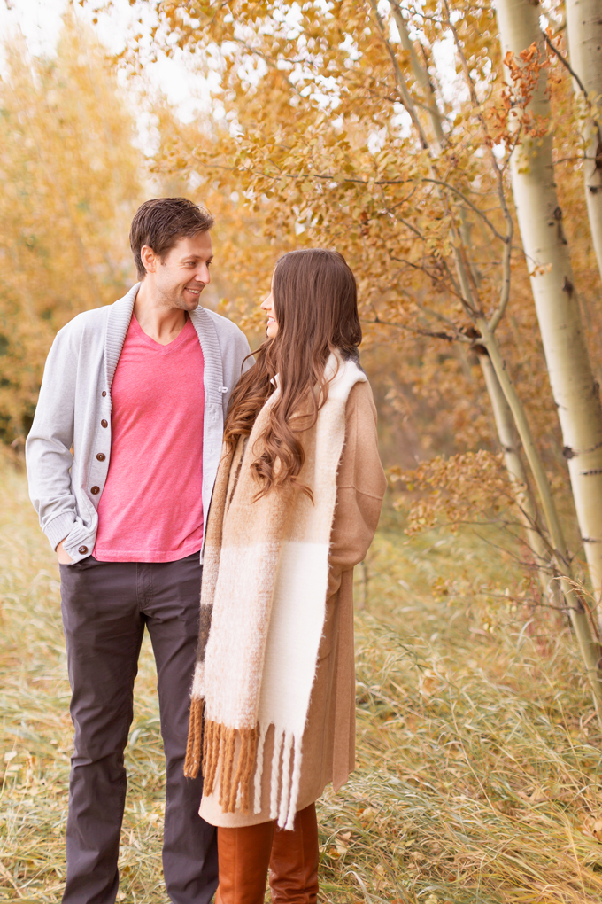 WHAT TO WEAR TO: THANKSGIVING DINNER | Casual Thanksgiving Outfit Ideas | Thanksgiving Outfit Ideas for Cold Weather | Canadian Thanksgiving Outfits | Casual Family Holiday Dinner Outfit Ideas | Family Thanksgiving Outfits | Bohemian Thanksgiving Outfit Ideas | Casual Boho Fall Outfit | The Best H&M Sweaters | Joe Fresh Faux Leather and Suede Leggings Review | Great Pyrenees | Brunette Woman Wearing a Casual Fall Thanksgiving Outfit | Calgary Fashion & Lifestyle Blogger // JustineCelina.com