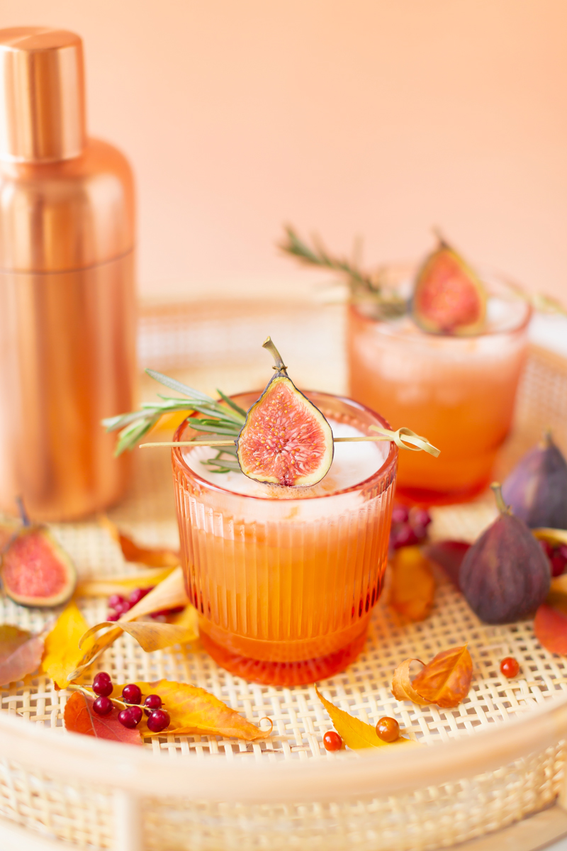 Rosemary Fig Japanese Whisky Sour | Autumn Whiskey Cocktails | Best Fall Whisky Cocktail Recipes | Fall Fig Cocktail | Fall Summer Cocktail | When Are Figs In Season | Best Japanese Whiskey for Beginners | Fig Rosemary Cocktail | Fig Cocktail Syrup | Japanese Whisky Cocktail | Nikka Super Rare Old Cocktail | Nikka Cocktail | Whiskey Sour With Egg | Refined Sugar Free Whisky Sour | Calgary Cocktail Photographer and Stylist | Calgary Lifestyle, Food & Cocktail Blogger // JustineCelina.com